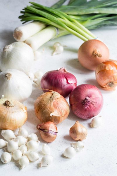 A variety of different types of onions