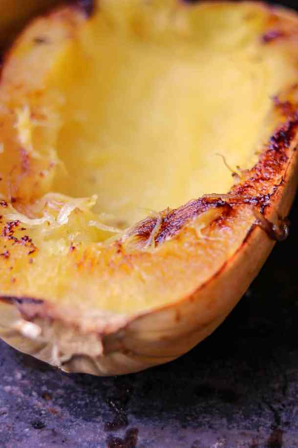 How to Cook Spaghetti Squash Boats -savory thoughts - Here's the right way to cook spaghetti squash boats! This method will leave you with a juicy, tender, spaghetti-like experience every single time