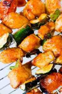 Chicken and veggies skewers