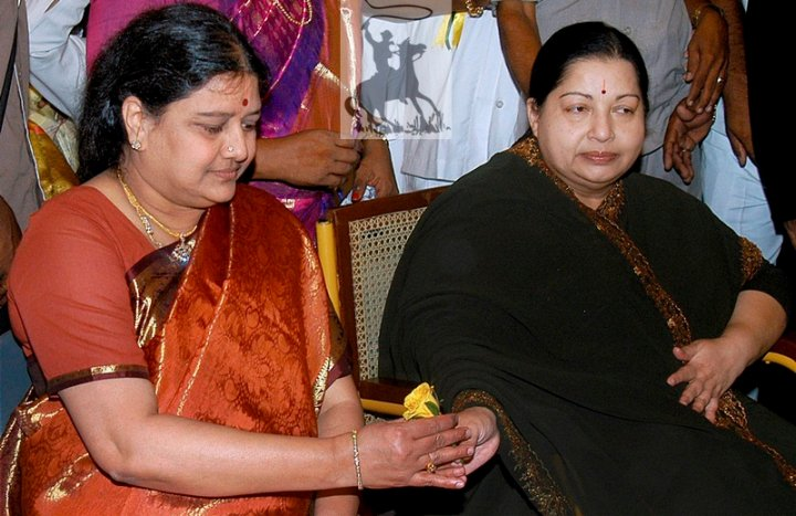 Jayalalithaa withdraws orders against Sasikala