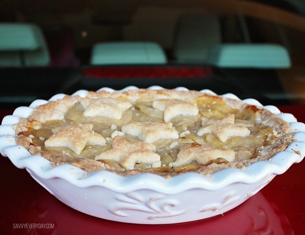 apple pie on car
