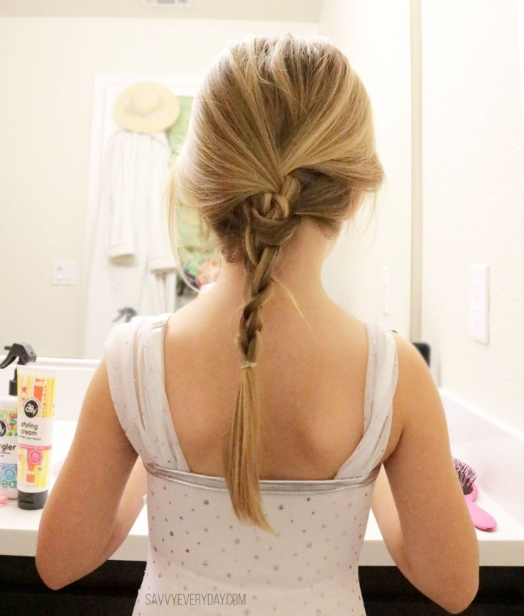 braided hair using ouchless hair tie