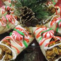 Homemade Horse Treats: Christmas Cannolis