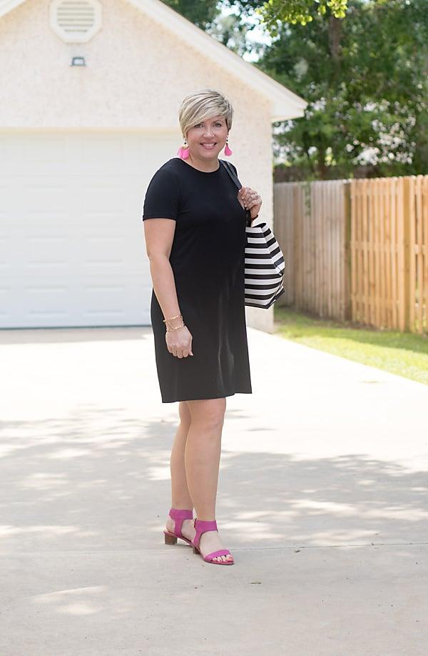 black tee shirt dress outfit