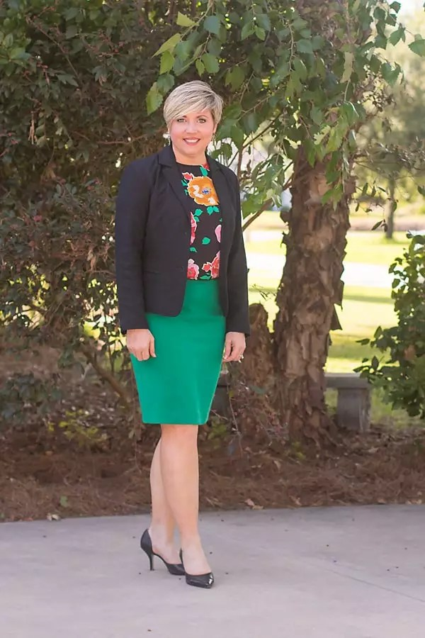 floral sleeveless top, green pencil skirt, womens office outfit