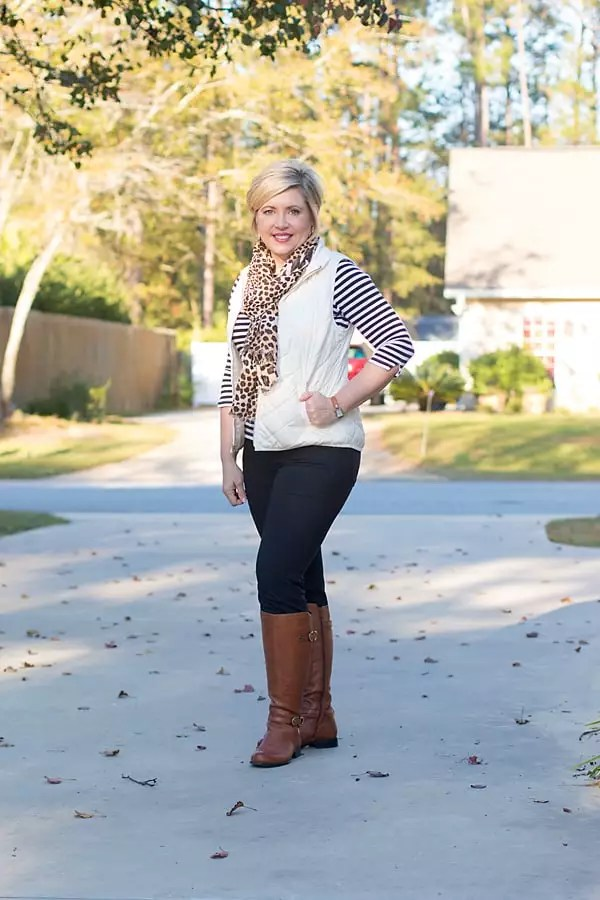 stripes and leopard print mixing outfit