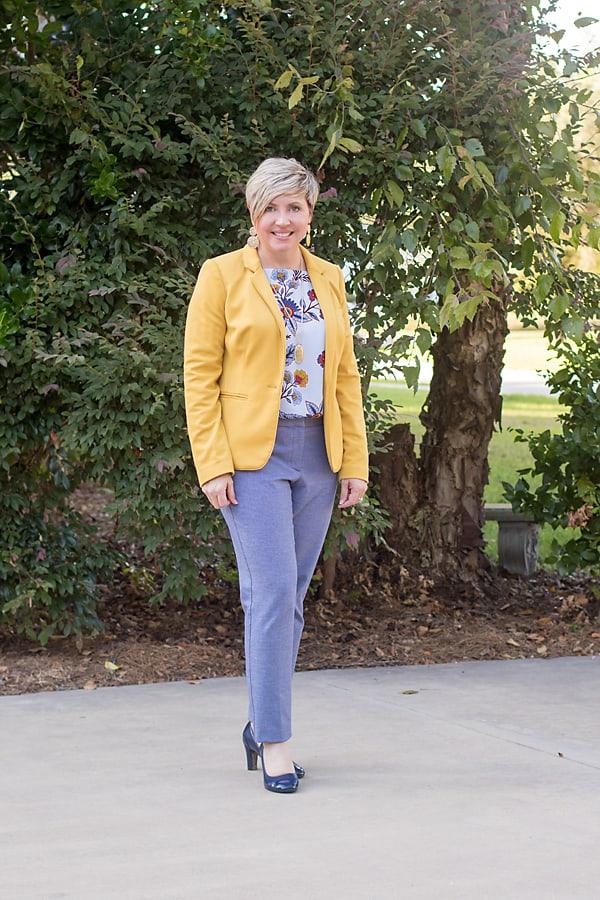 mustard blazer outfit