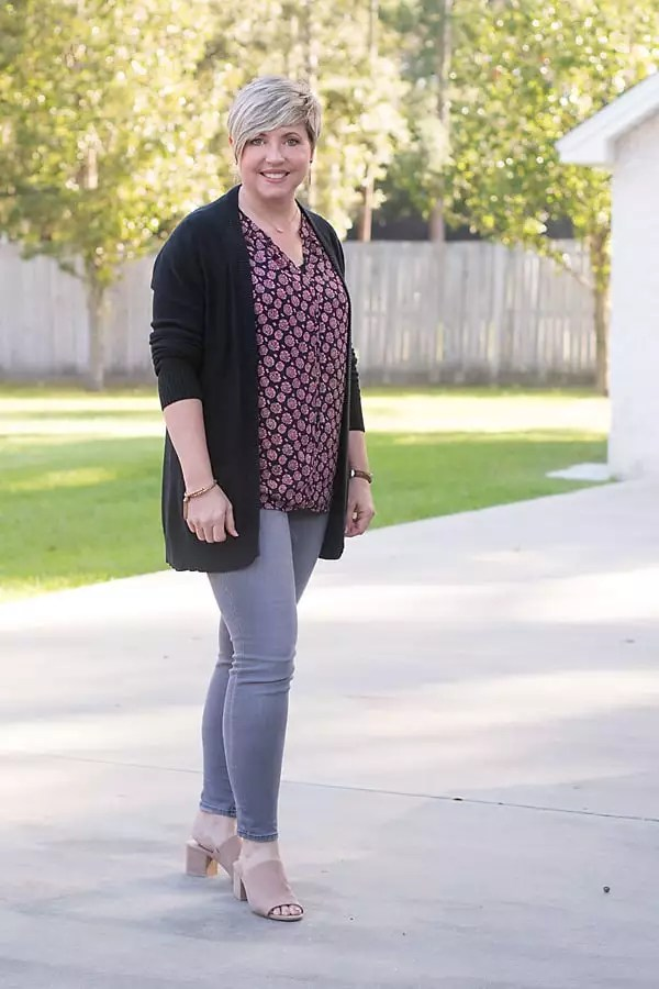 black cardigan outfit, fall outfit, grey jeans outfit