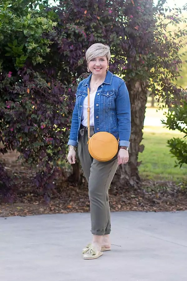 spring outfit with denim jacket and paper bag waist pants
