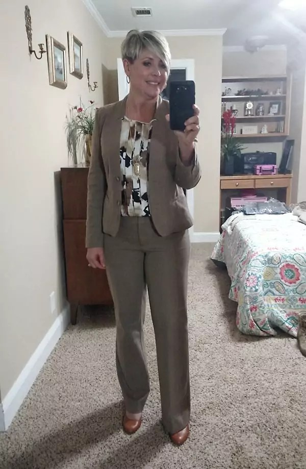 business suit for women
