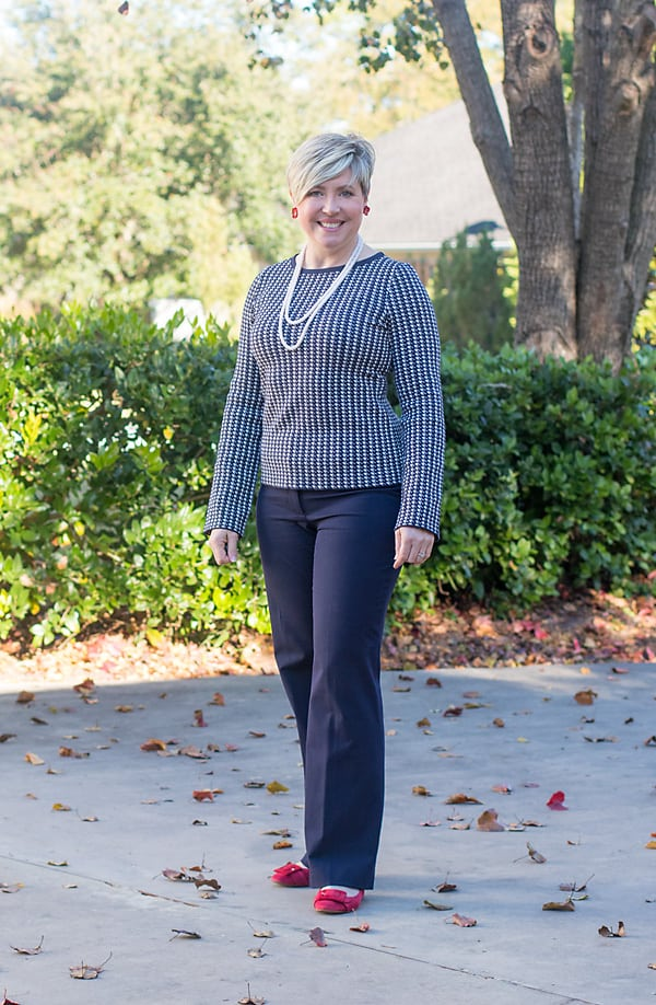 women's navy office outfit