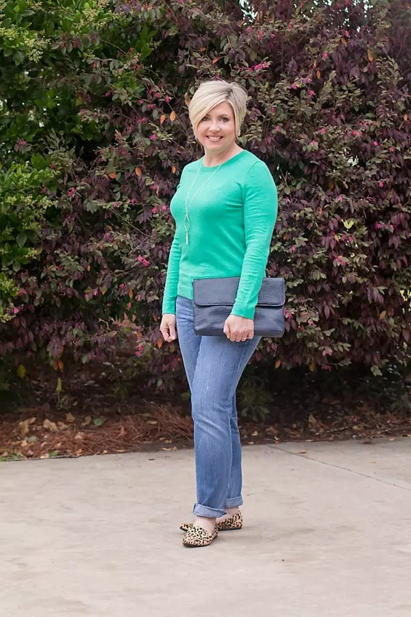 spring sweater with boyfriend jeans