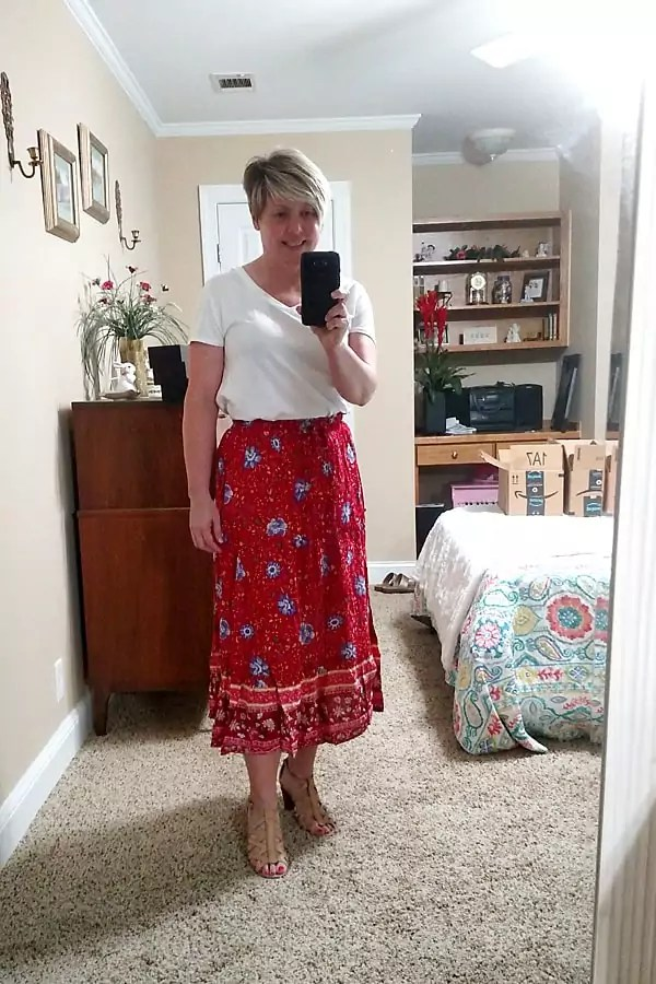 Review of summer dresses and skirts from Amazon.
