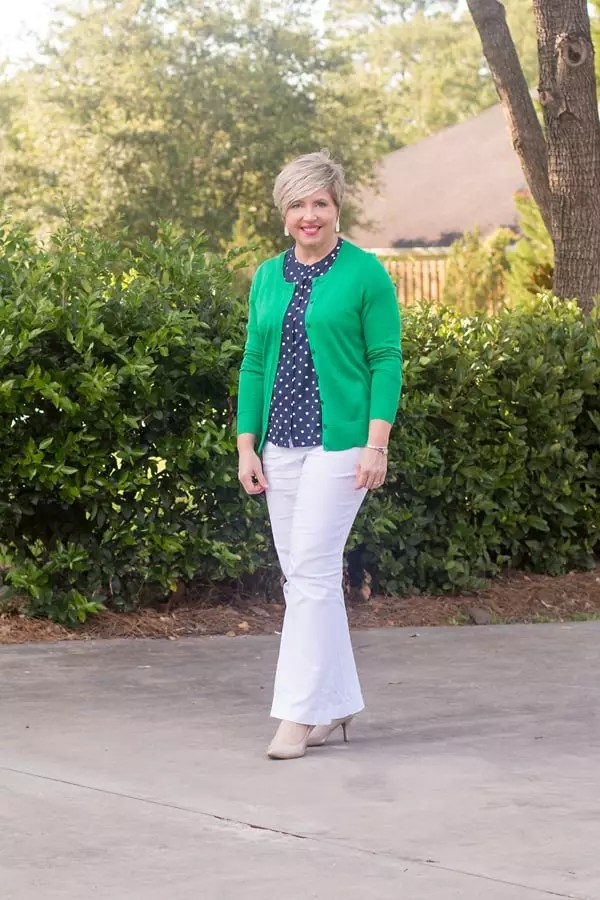 kelly green cardigan outfit