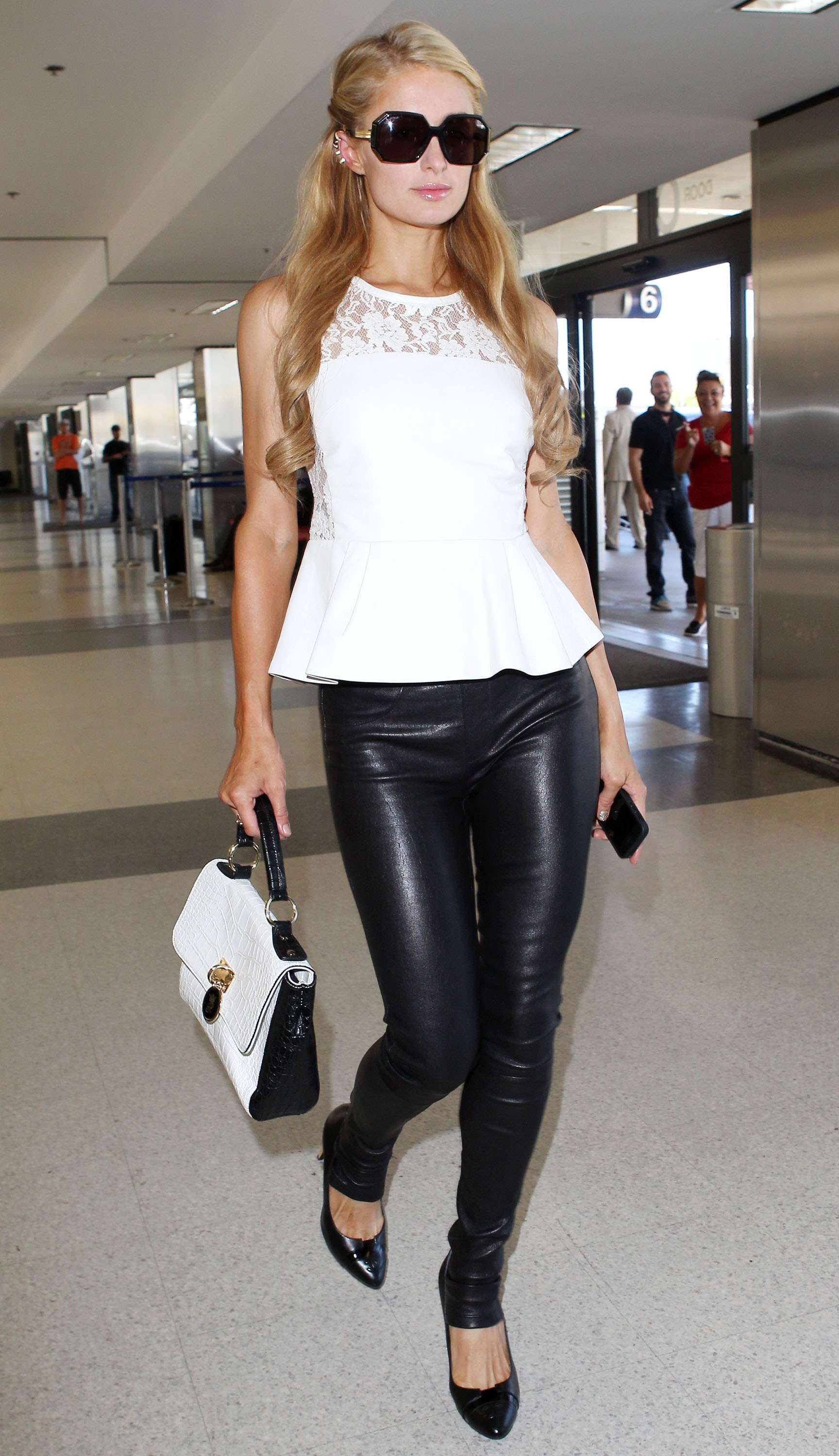 Paris Hilton In Leather Pants 14 Sawfirst