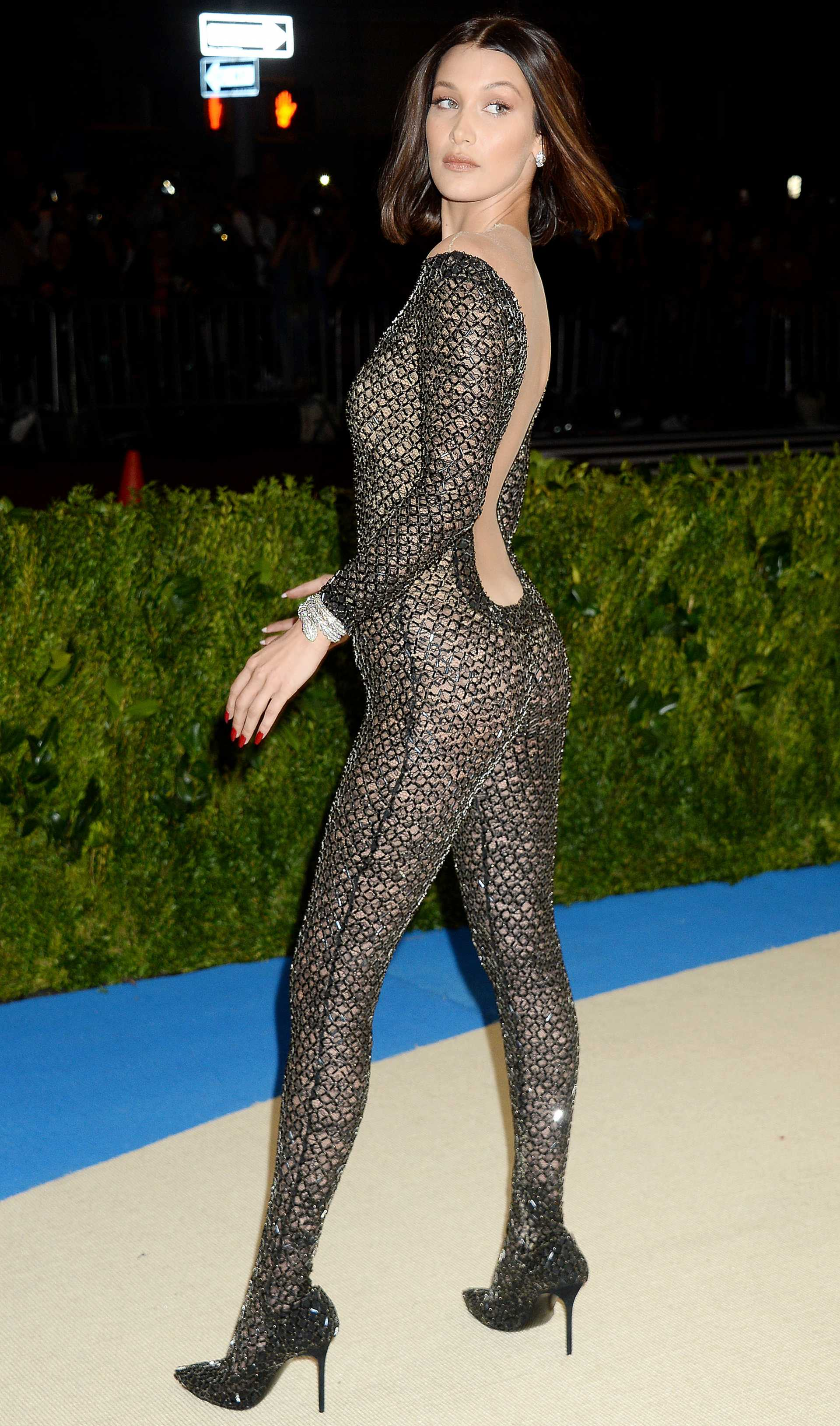 Bella Hadid 23 SAWFIRST Hot Celebrity Pictures