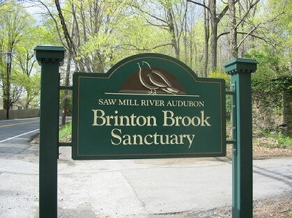 Entrance sign for Brinton Brook Sanctuary on Route 9A in Croton-on-Hudson. Photo: SMRA/Anne Swaim