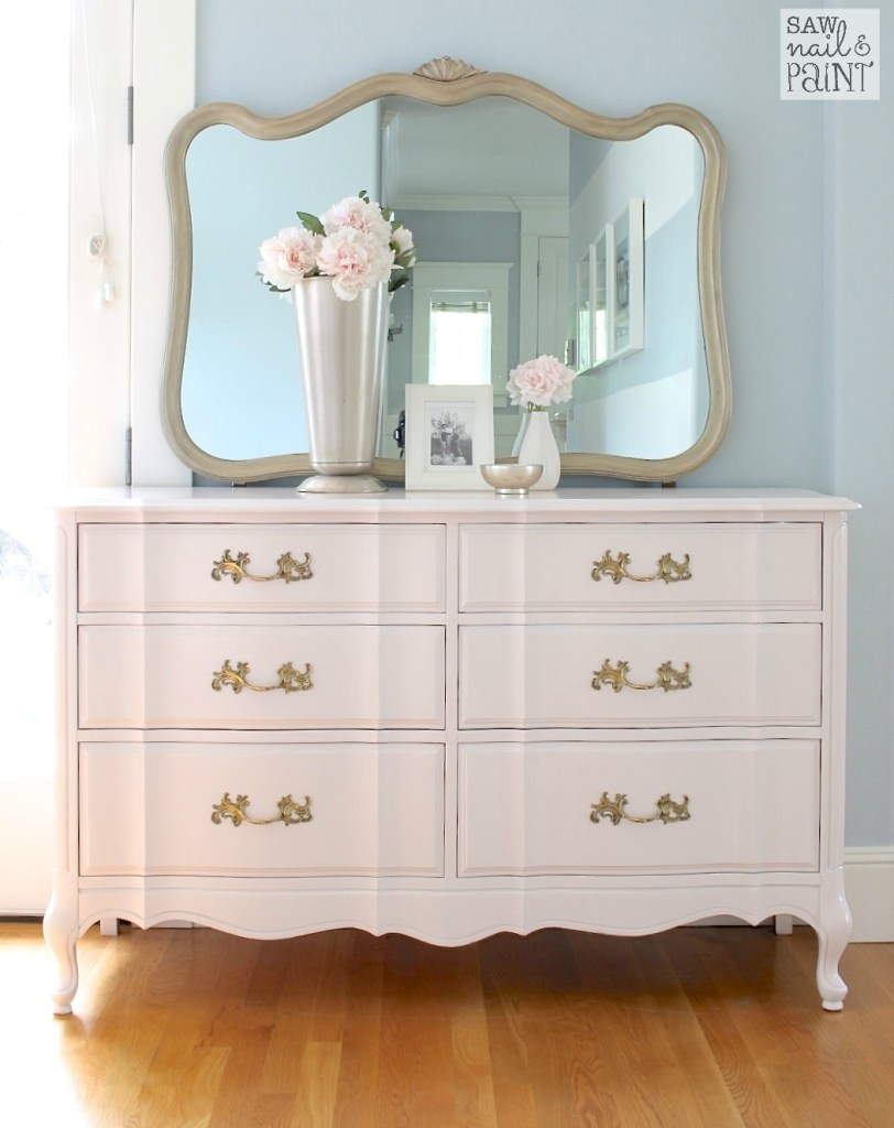 Large Bedroom Dresser With Mirror