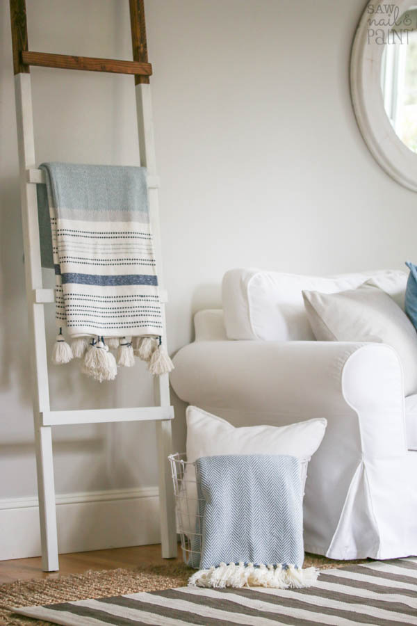 White Dipped Blanket Ladder Diy Saw Nail And Paint