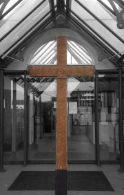 Empty cross - Click for full size