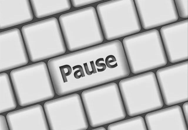 """Clavier : la touche """"pause"""""""