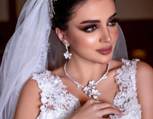 خطوات تطبيق مكياج جذاب لعروس 2020