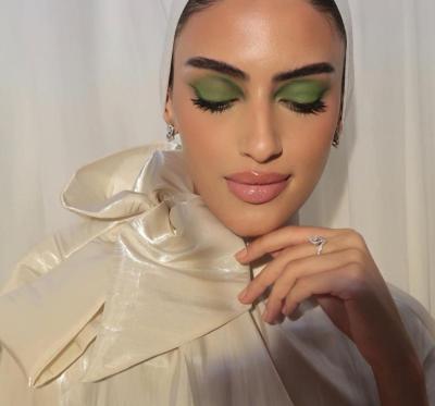 5 يارا النملة بمكياج العيون الخضراء - صورة من حسابها على Instagram