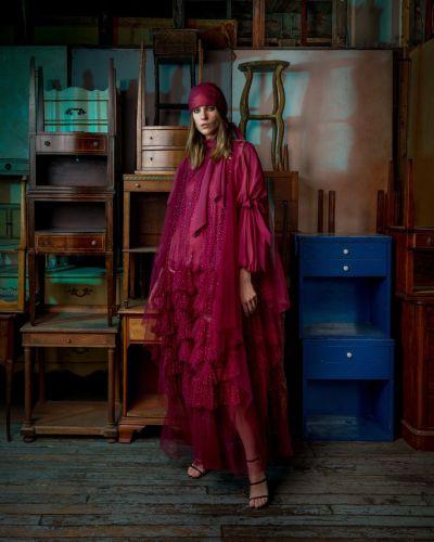 فستان كشكش من توقيع ريم عكرا- الصورة من انستغرام ريم عكرا