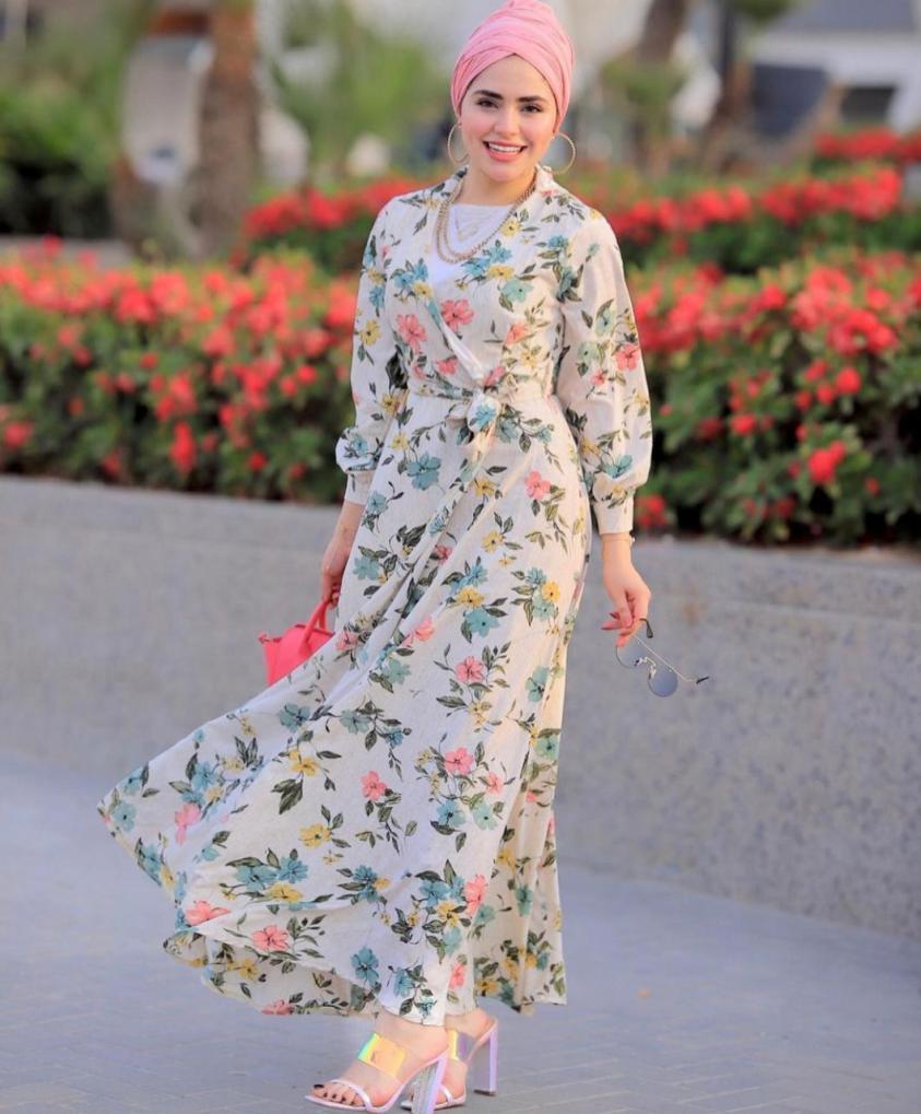 اطلالات الفساتين الشبابية من روان خليل