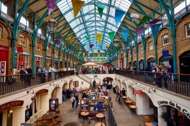 Interior de Covent Garden, antiguo mercado de frutas y verduras