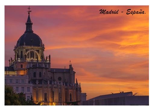 Ocaso en la ciudad de Madrid