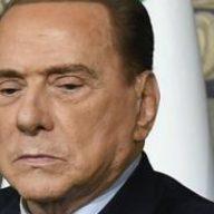 """Berlusconi: """"No vax come ebrei perseguitati? Paragone blasfemo"""""""