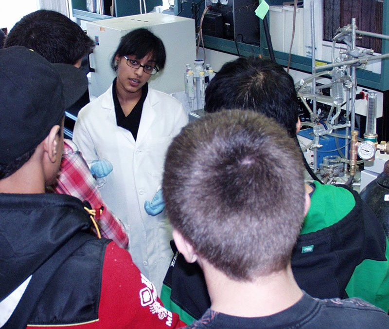 FRC Students visit Centre