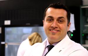 Dr. Amir Ravandi