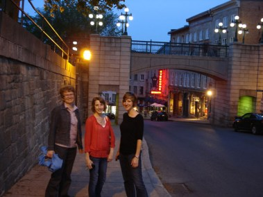 Carla, Leslie, Jenn in Quebec City, June 2011