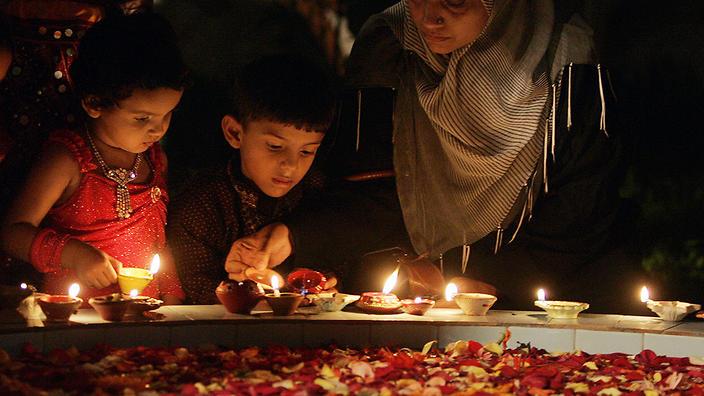 How To Celebrate Diwali SBS Life