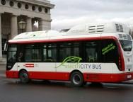 Erster in Serie hergestellter Vollelektrobus Europas fährt in W