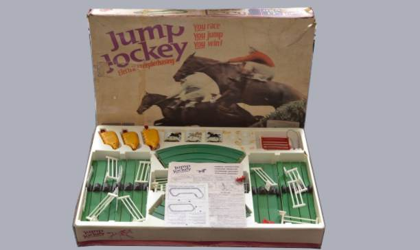 http://www.scalextric-car.co.uk/Parts/Tyres_Triang/Triang_Tyres_Jump_Jockey/Triang_Tyres_Jump_Jockey.htm