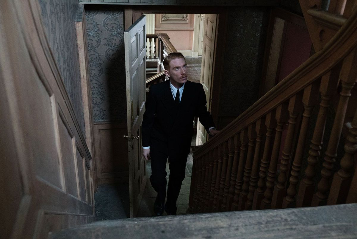 """Domnall Gleeson stars as """"Dr. Faraday"""" in director Lenny Abrahamson's THE LITTLE STRANGER, a Focus Features release. Credit: Nicola Dove / Focus Features"""