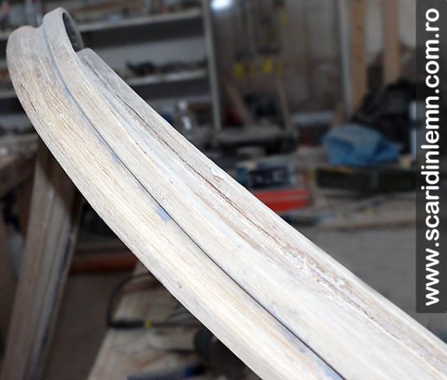 atelier tamplarie balustrii albi si mana curenta lemn masiv curbat scari interioare din lemn