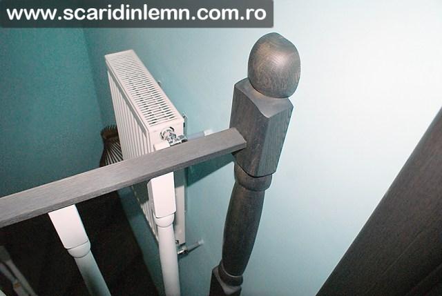 scari interioare de lemn masiv cu mana lemn curent curbata balustru alb