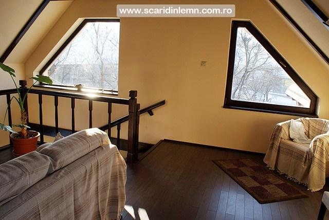 scari interioare de lemn masiv cu vang modular mana curenta si balustrii din lemn preturi calitate