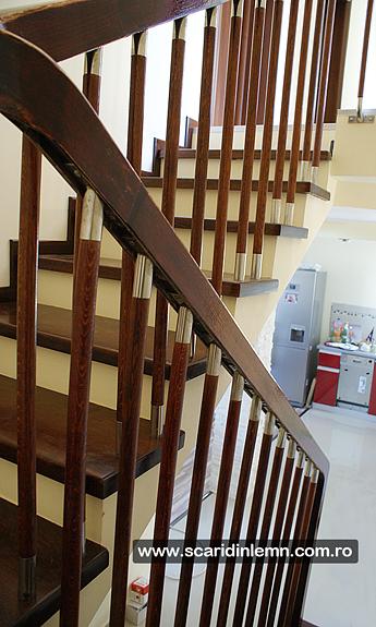 scari de lemn interioare trepte placate din lemn masiv balustrii inox mana curenta balustrada pret