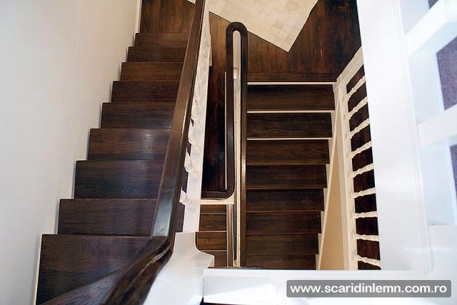 proiectare design productie scara interioara din lemn masiv vang modular placare trepte de lemn cu mana curenta lemn curbat