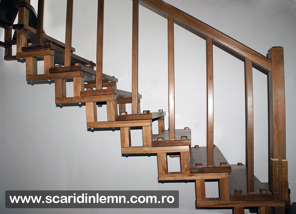 scari interioare din lemn masiv modulara
