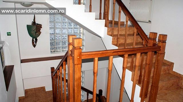 scari din lemn casa scarii balustrada lemn balustrii, pe vanguri inchise preturi
