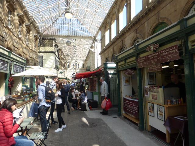 photo walk through Bristol: market place