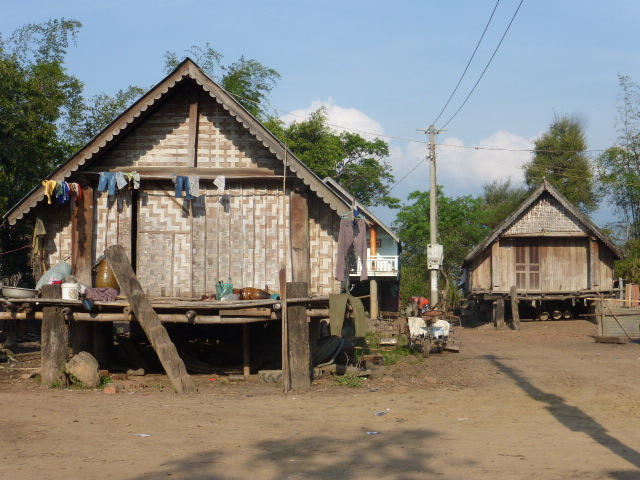 Lak Lake communal home