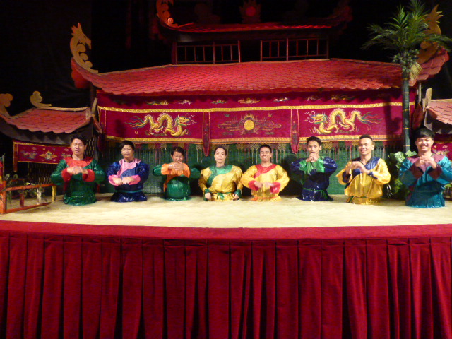 water puppet actors take a bow