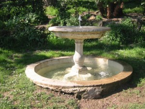 """""""La fontana"""" - Storie - La Scatola Nera blog letterario"""